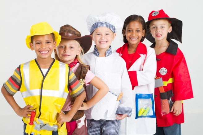 kids-in-uniforms-costumes